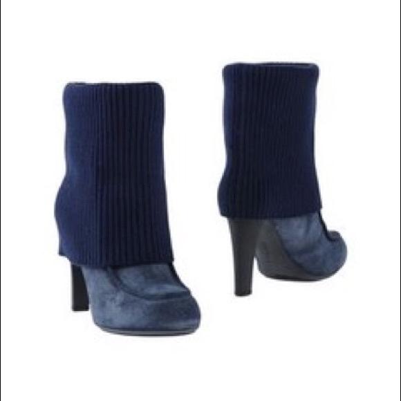 Hogan Shoes - Blue Hogan Ankle Boots